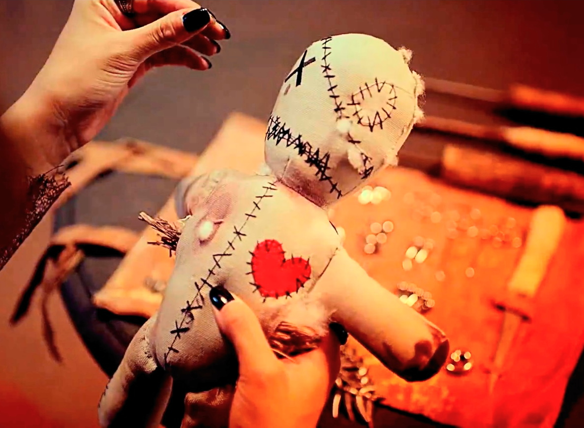 https://www.islamicwazifa.com/wp-content/uploads/2015/07/How-To-Do-Voodoo-Love-Spells-At-Home.jpg